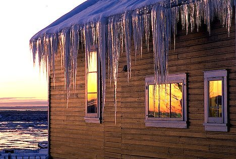 Plan Now to Prevent Damaging Ice Dams this Winter