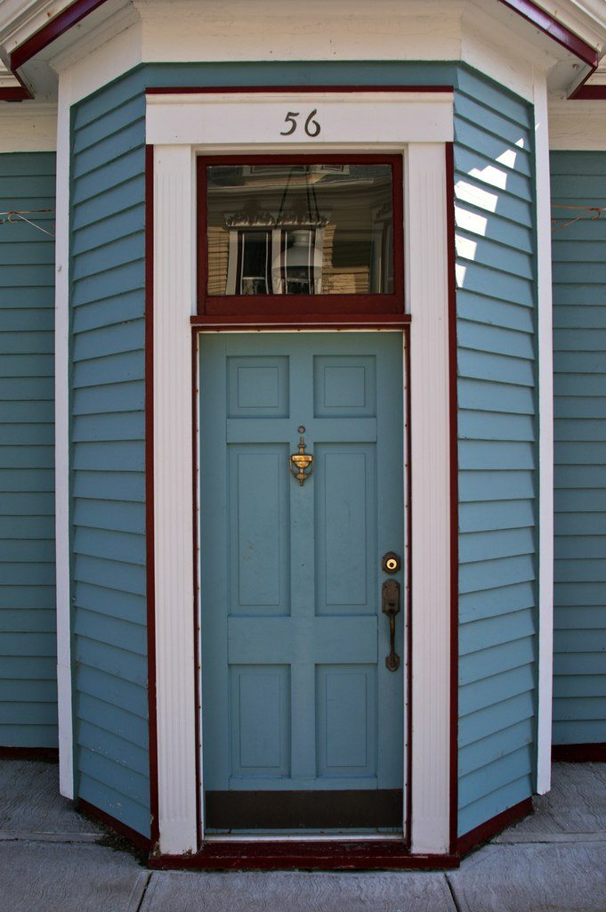 what is the personality of your front door?
