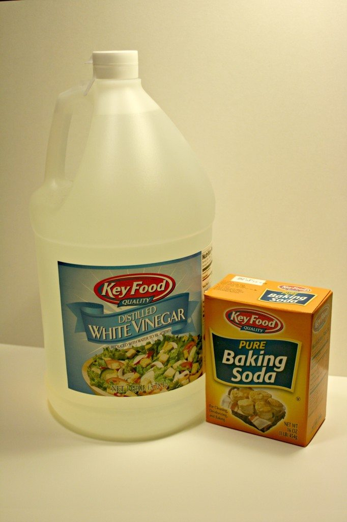 Cleaning Comparison Vinegar Versus Baking Soda