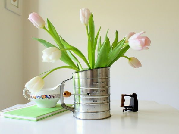 Easy DIY Spring Vases