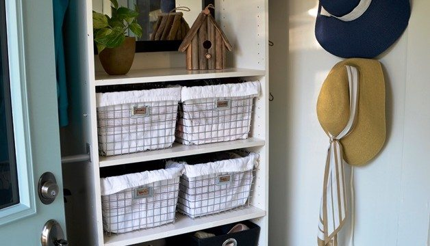 4 Tips for Organizing Your Front Entry