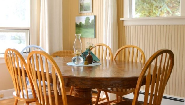 Decor Tips: Making Mismatched Furniture Work
